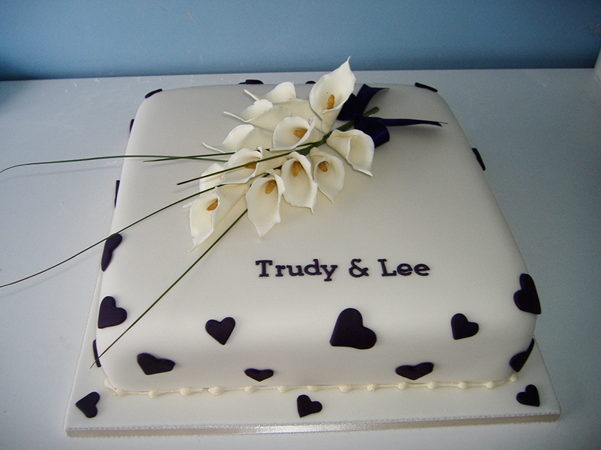 1 Tier Trudy & Lee  £140.00