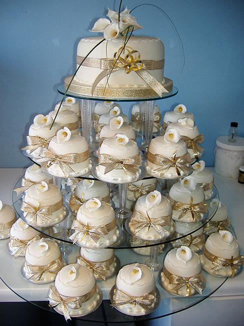 Mini Cakes, £5.00 each & £45.00 top cake