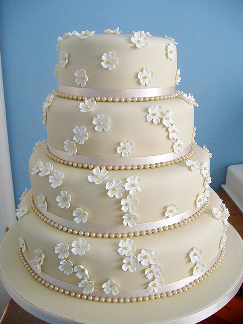 4 Tier Coffee & Cream Pearl £310.00