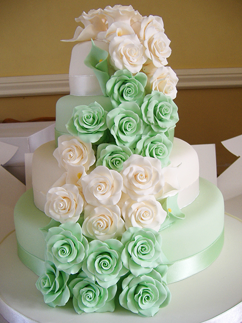 4 Tier Peppermint Rose Cascade  £390.00