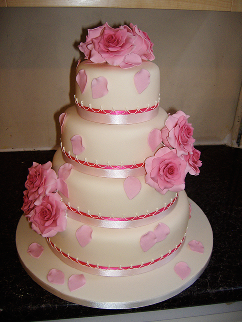 4 Tier Mary Ann £410.00