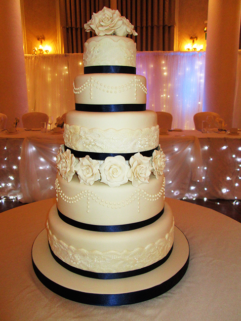 5 tier wedding cake 5 tier grosvenor 163 450 00 classic cakes 10462