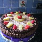 Fresh fruit & cream Gateaux