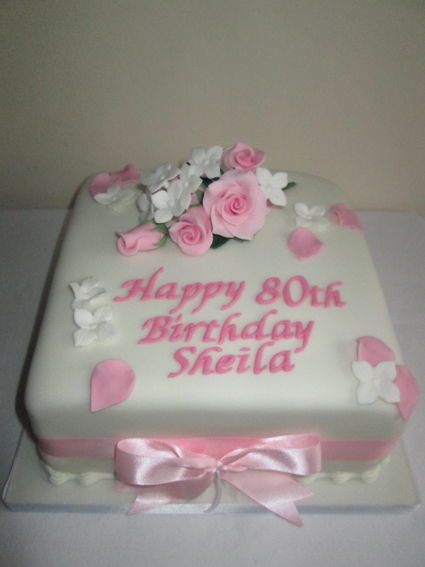 Birthday cake 8in sponge £40.00