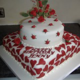 2 tier hearts and rose buds £110.00 sponge