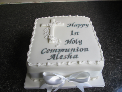 Holy Communion 8in sponge £40.00