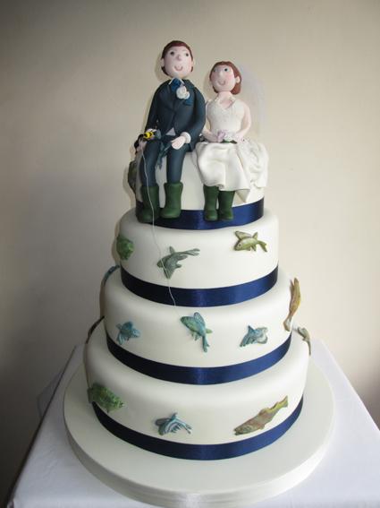 4 tier fishing bride & groom £395.00