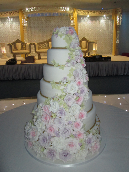 7 layer wedding cake 7 tier flower cascade 163 680 00 classic cakes 10502