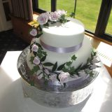 2 tier wedding cake £170.00