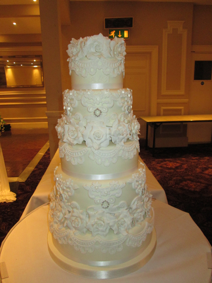 5 tier rose and lace with edible diamonds £490.00